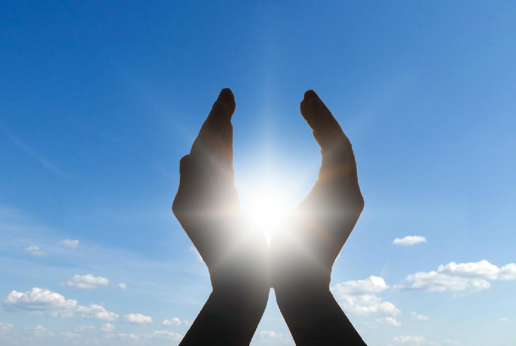 handen-en-zon